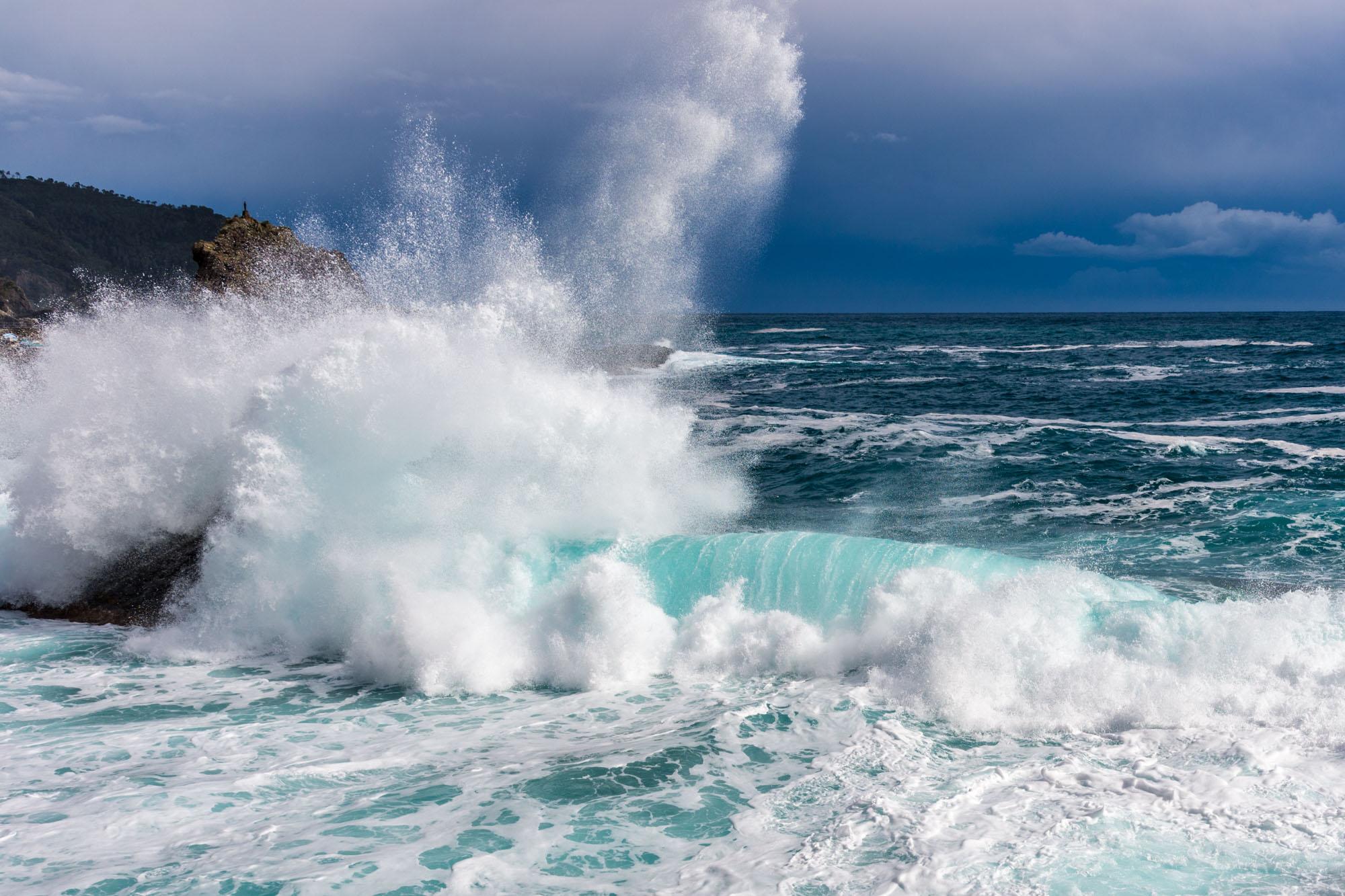 ligurisches Meer bei Wellengang