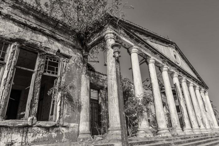 Guinea Bissau - il palazzo coloniale di Bolama