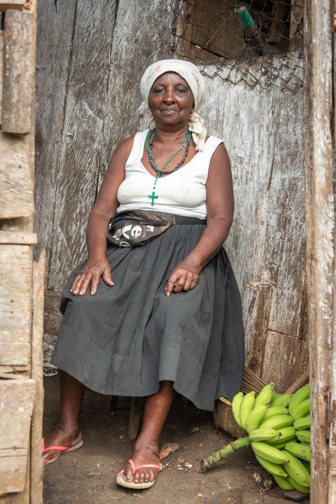 friendly lady in Sao Tomè
